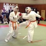 小寺選手(左)と大島選手(右)の対戦