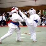 コンル海渡8級の上段廻し蹴り。