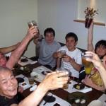 夜は鎌倉駅近くのすてきなお店で乾杯!!犬塚さん(左下・68歳!)が一番元気でした。