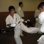 最後はスパーリングで技の確認。小寺君も中学1年生ながら、最後まで頑張りました。