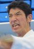 上村 6級  進先生、川崎先生、道場生の皆さん今年もまことにありがとうございました。今年は職場の異動で思うように稽古できず、また何度も同じ部分のケガをして精神的に落ち込むこともあった。心が弱いと痛感した。来年は心を鍛えて、緑帯に昇級し稽古納めに参加したい。