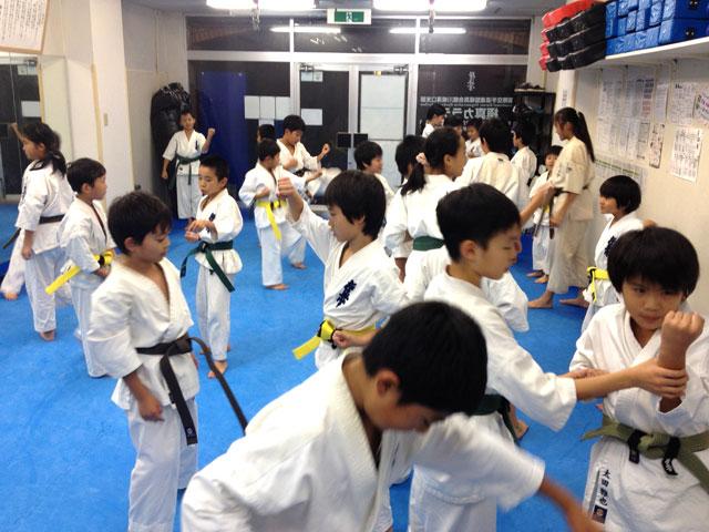 極真会館川崎溝口支部 20131029 少年上級クラス