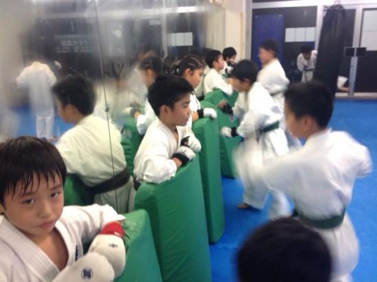 極真会館川崎溝口支部 20131125 少年試合クラス